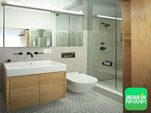 Mẹo lau dọn cửa phòng tắm và rèm phòng tắm